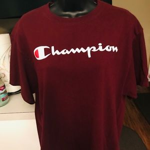 HOT AND STYLISH AUTHENTIC CHAMPION T-SHIRT